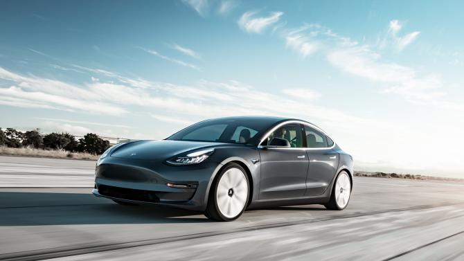 Tesla Model 3 siegt im Restwert-Vergleich
