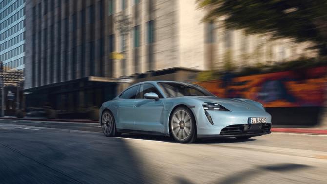 Porsche bringt dritte Antriebs-Variante des Taycan