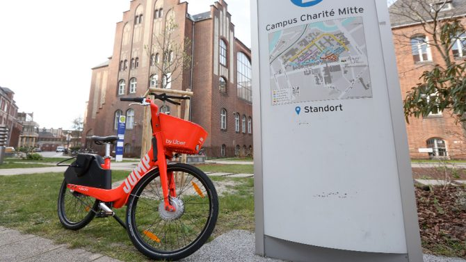 Uber : Pedelecs für Berliner Klinikmitarbeiter