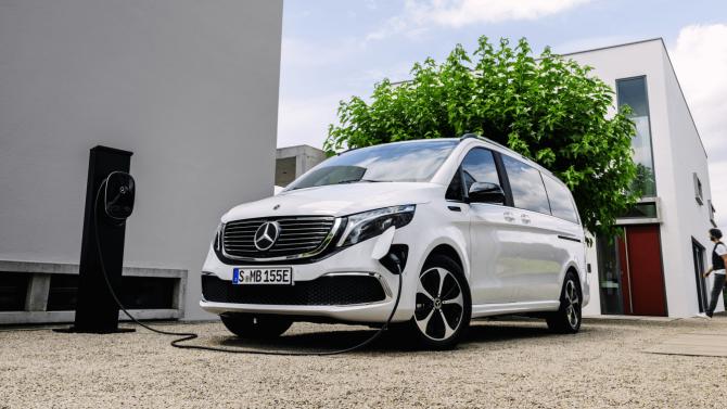 Mercedes nimmt Bestellungen für den EQV an