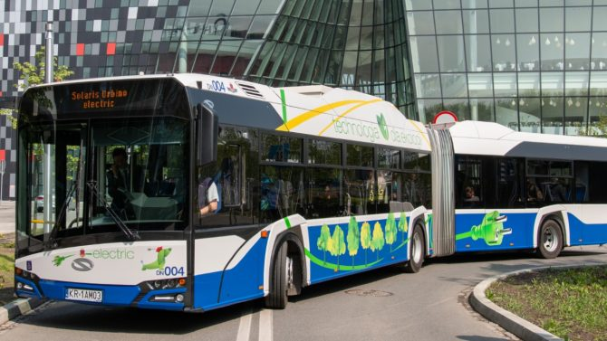 Solaris liefert 50 E-Gelenkbusse nach Krakau