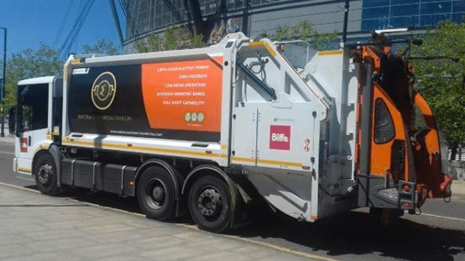 Manchester bestellt 27 elektrische Müllfahrzeuge