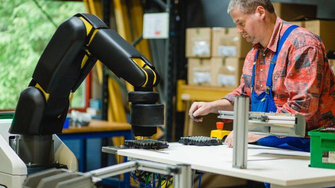 Kollege Roboter auf der Überholspur